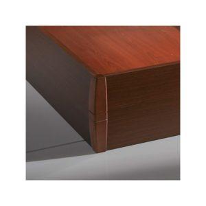 Canapé de madera detalle esquina